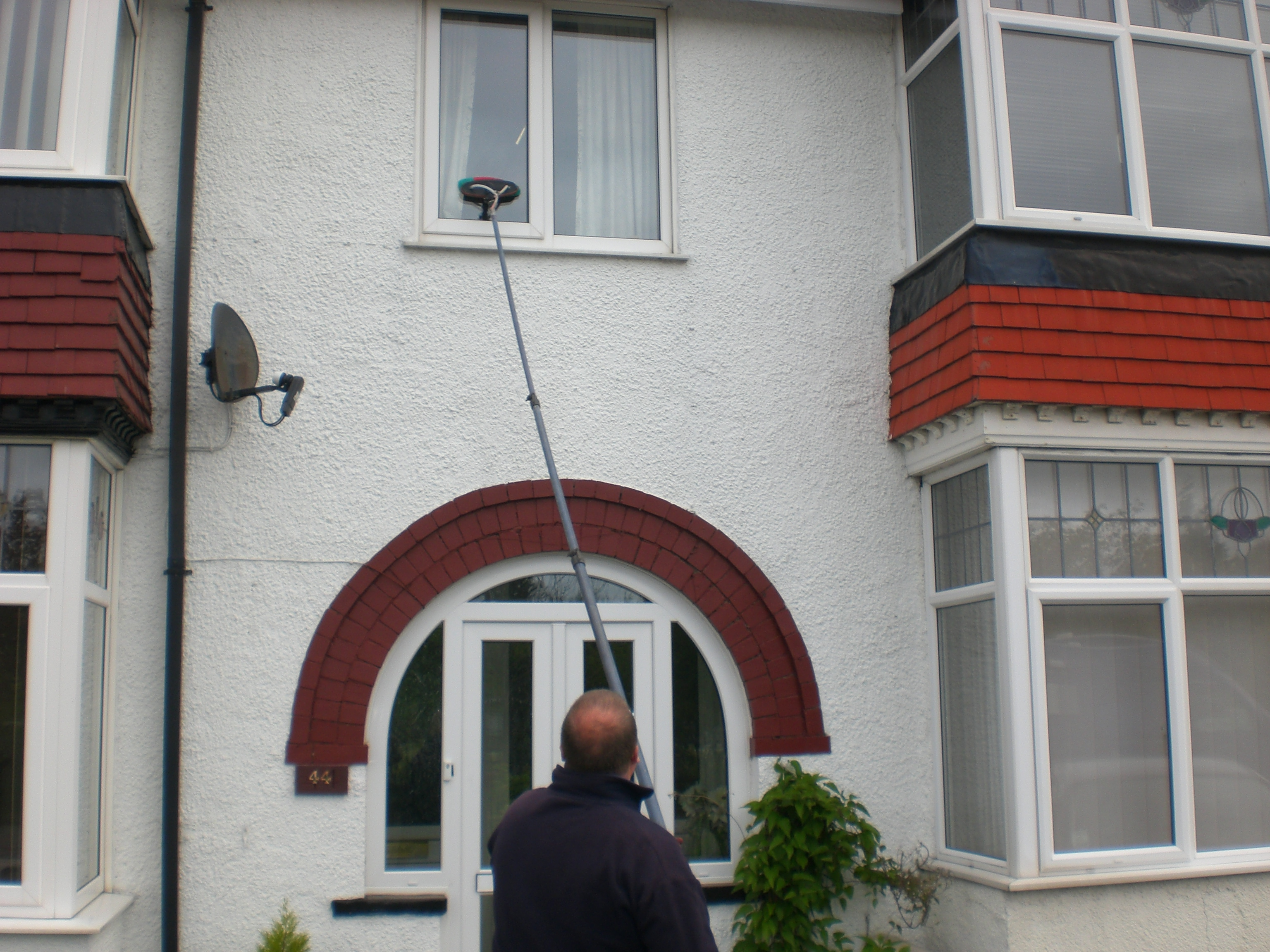 Which water fed pole system is best suited to the needs of my window cleaning business? What kind of water fed pole should i use? Which filtration system should i use?